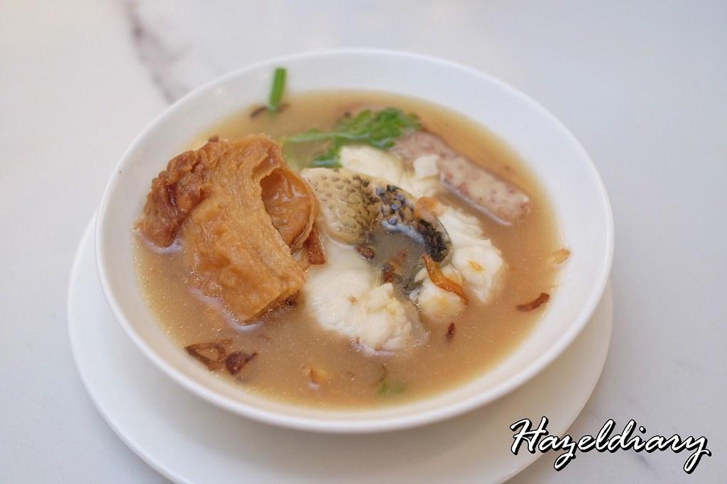 No Signboard Seafood Esplanade Mall-Seasonal Fish in Claypot-1