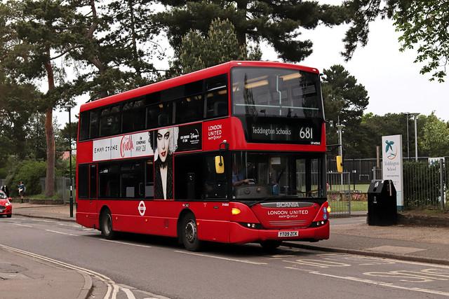 Route 681, London United, SP40060, YT09ZCK
