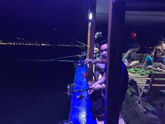 nha-trang-night-squid-fishing-tour