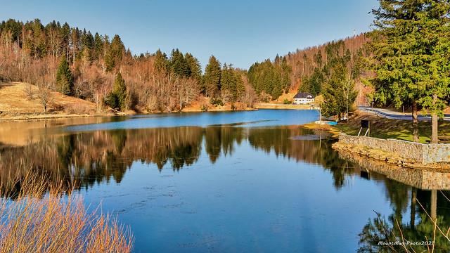 Jezero u Mrzloj Vodici