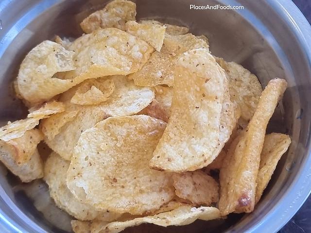 red rock deli honey soy chicken potato chip australia