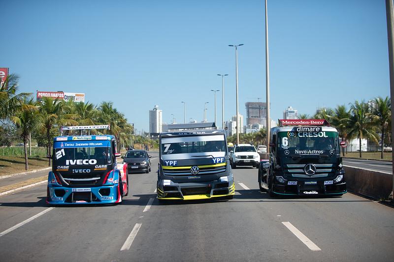 21/05/21 - Os brutos da Copa Truck invadiram as ruas de Goiânia - Fotos: Duda Bairros