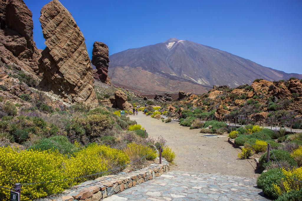 Mirador Roques de García en El Teide
