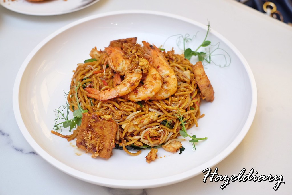 No Signboard Seafood Esplanade Mall-Local Style Mee Goreng