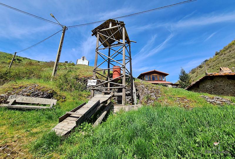 Entramos en las minas de manganeso de Puras de Villafranca (8)