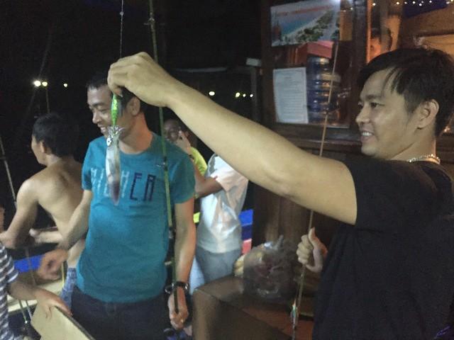 Night Squid Fishing Tour Nha Trang