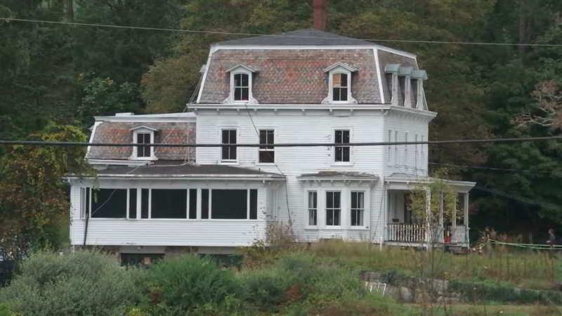 A Quiet Place house