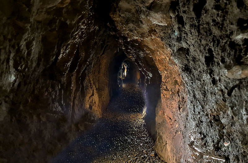 Entramos en las minas de manganeso de Puras de Villafranca (18)
