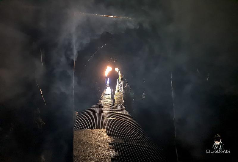 Entramos en las minas de manganeso de Puras de Villafranca (13)