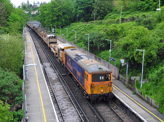 73107 tnt 73141 (out of sight on rear), works a 6Z05 11.01 Hoo Junction Up Yard to Hoo Junction Up Yard (via Swale) turning move seen heading through Higham Station on 20-5-21. Copyright Ian Cuthbertson