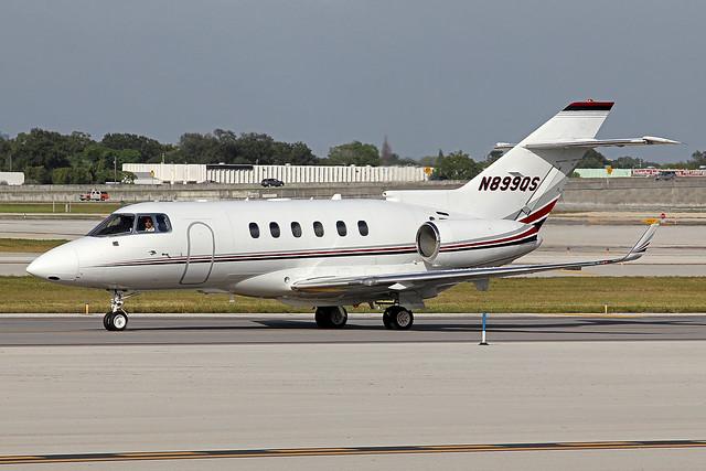 N899QS | Hawker 900XP | NetJets