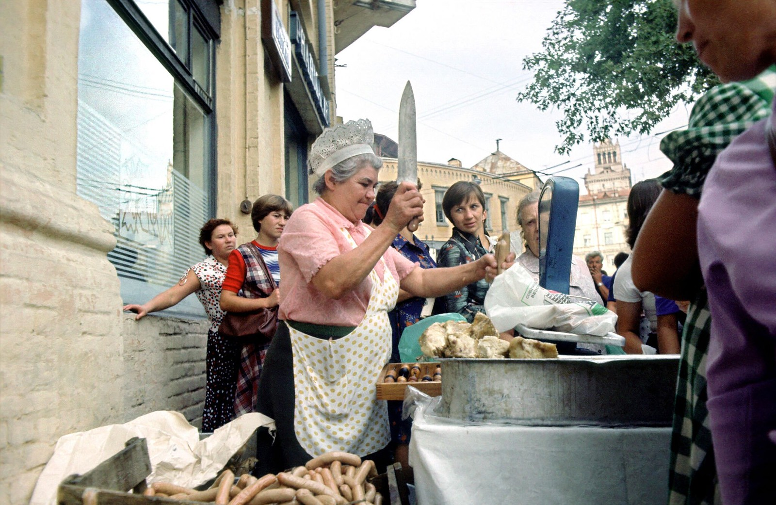 17. 1983. Киев. Уличная торговля мясом