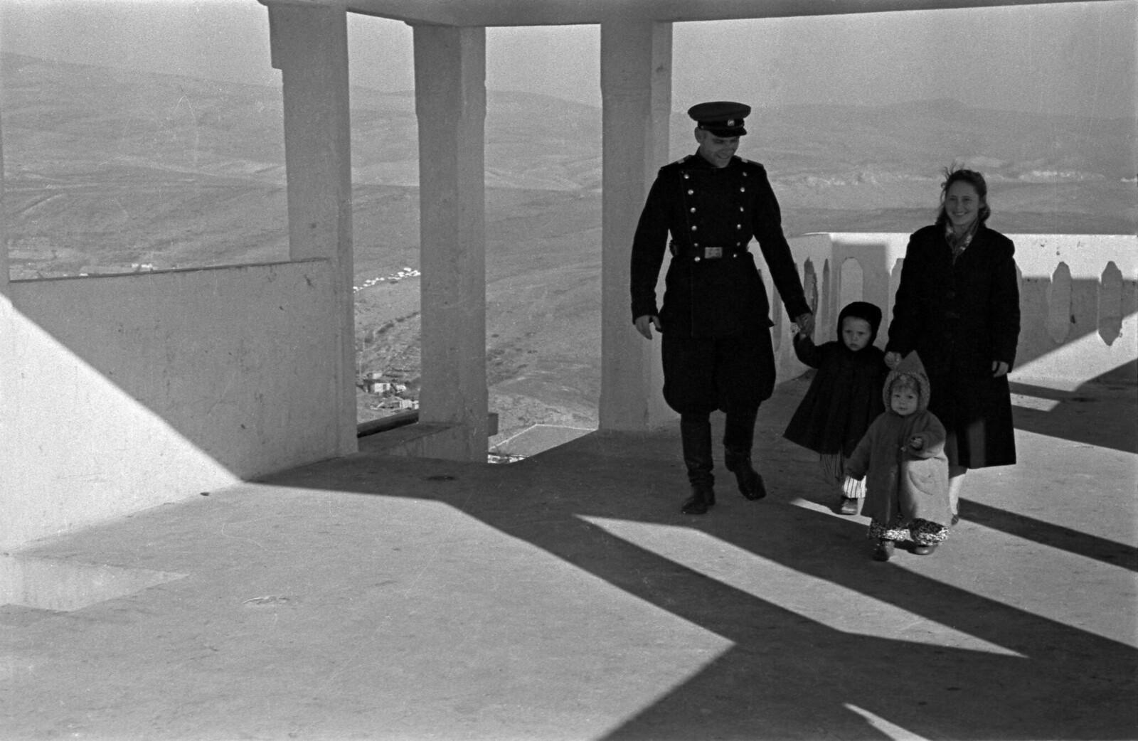 1955. Семейная идиллия, Серноводск, Чечено-Ингушская АССР