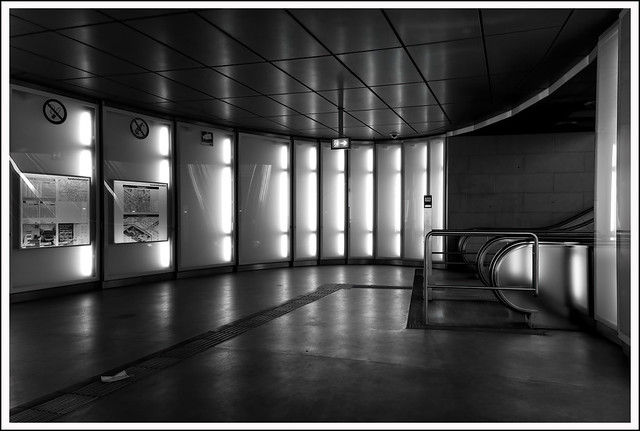 L1000006SWR_Leica_SL2-S_Lumix S 24-105_052021_Köln_Chlodwigplatz_U-Bahnstation