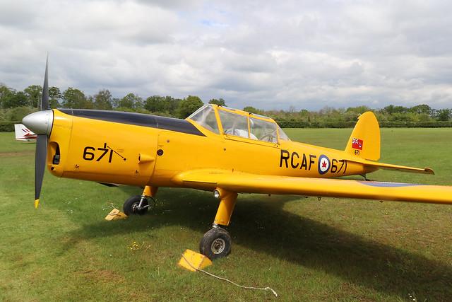 RCAF671