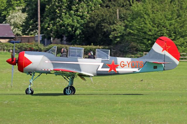 G-YOTS  -  Yakovlev YAK-52 c/n 9010308  -  EGTH 22-5-21
