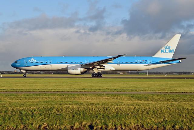 PH-BVO B777-306ER cn 35946 KLM 210109 Schiphol 1002
