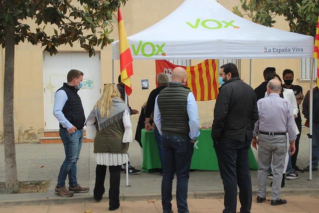 Visita del diputado de VOX en el Parlamento de Cataluña, Manuel Acosta