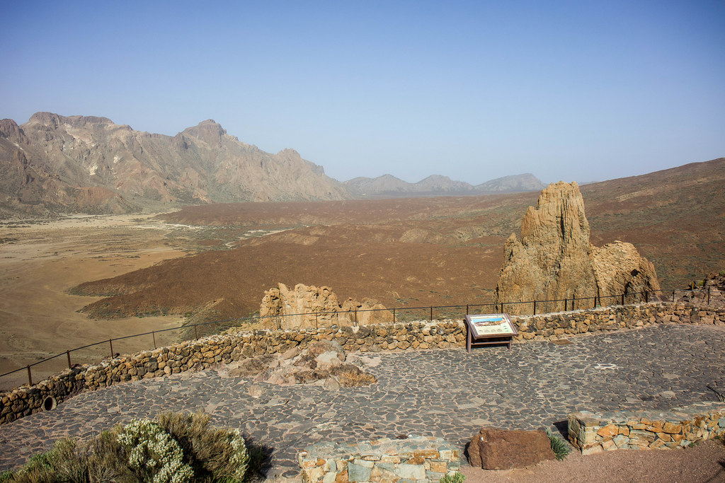 Mirador Llano de Ucanca desde los Roques de García