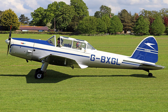 G-BXGL  -  De Havilland Canada DHC-1 Chipmunk T22 c/n C1/0924  -  EGTH 22/5/21