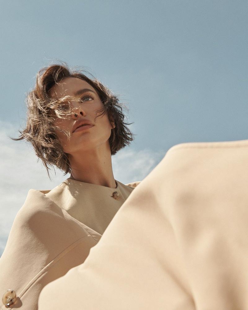 Irina-Shayk-Vogue-Russia-Cover-Photoshoot16