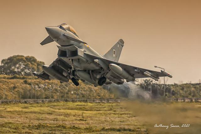 RAF Typhoon @ LMML, 2015.