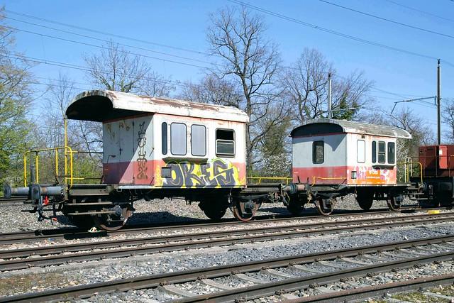 BLS Sputnik Db 60 85 99 04 000-3 & Db 60 85 99 04 009-4 Kaiseraugst