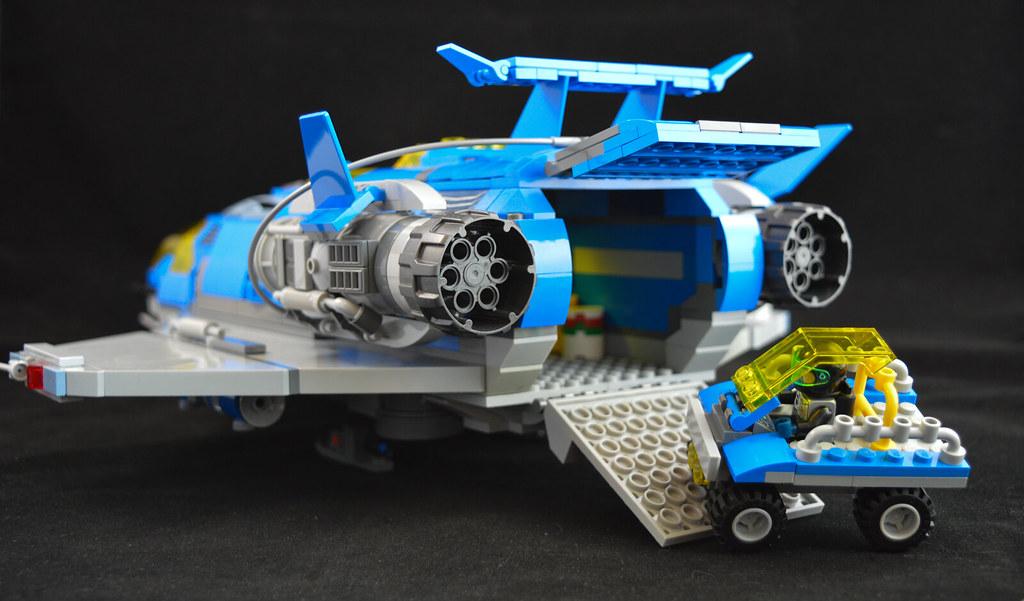 Explorer Cruiser 11