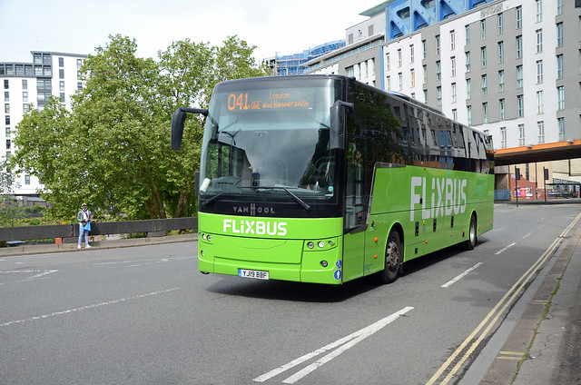 Flixbus YJ19 BBF, Bristol
