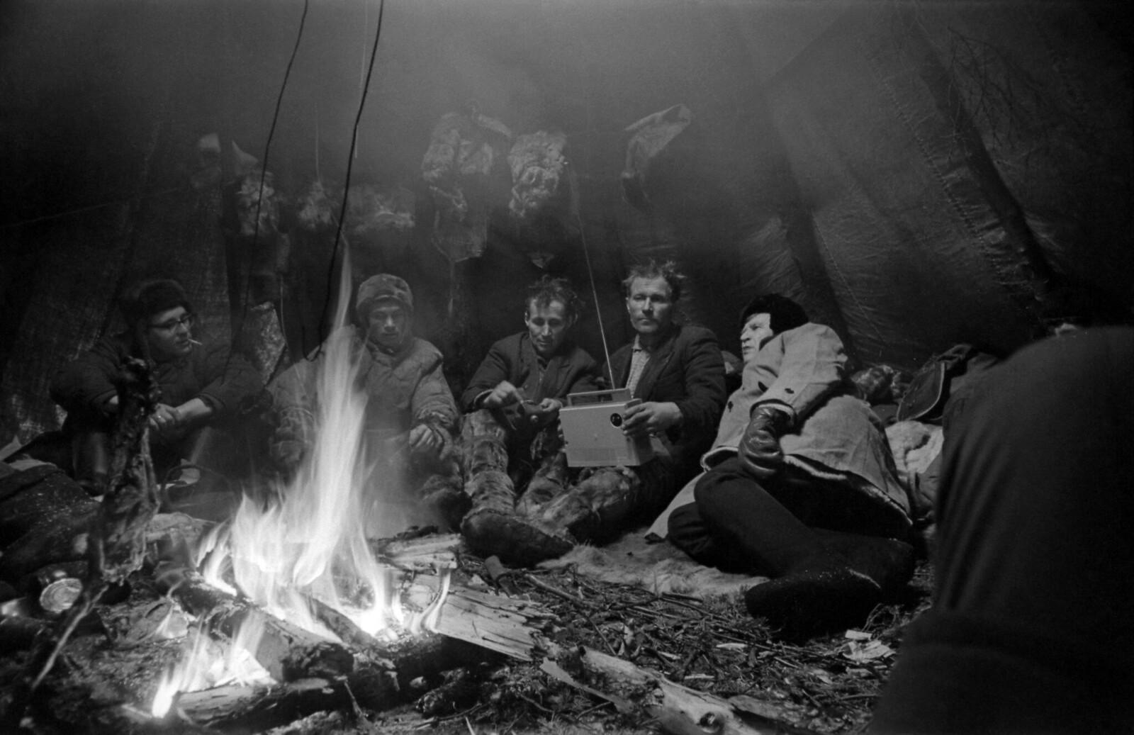 1968. В чуме оленеводов, тундра Ловозерская, Кольский полуостров