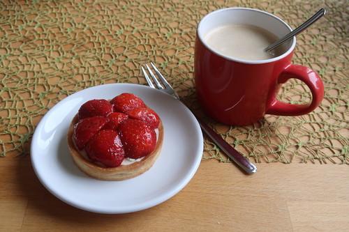 Erdbeertörtchen zum Nachmittagskaffee