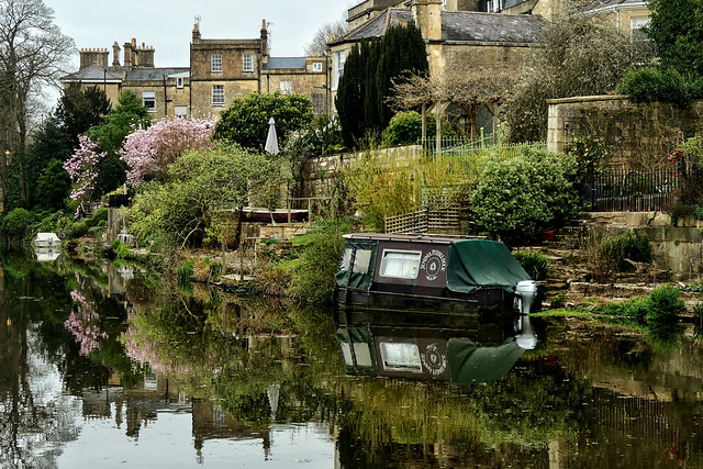 Spring on the canal