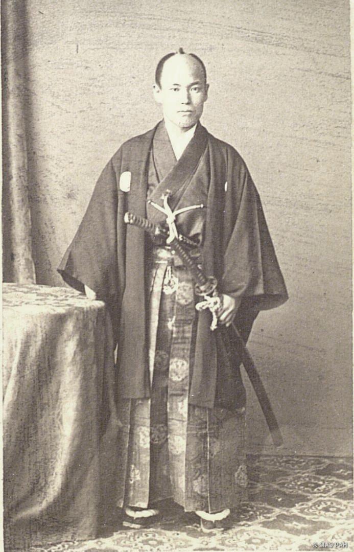 Портрет Ямато-но ками Койдэ в традиционном японском костюме