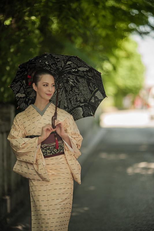 Japanese women's early summer attire.