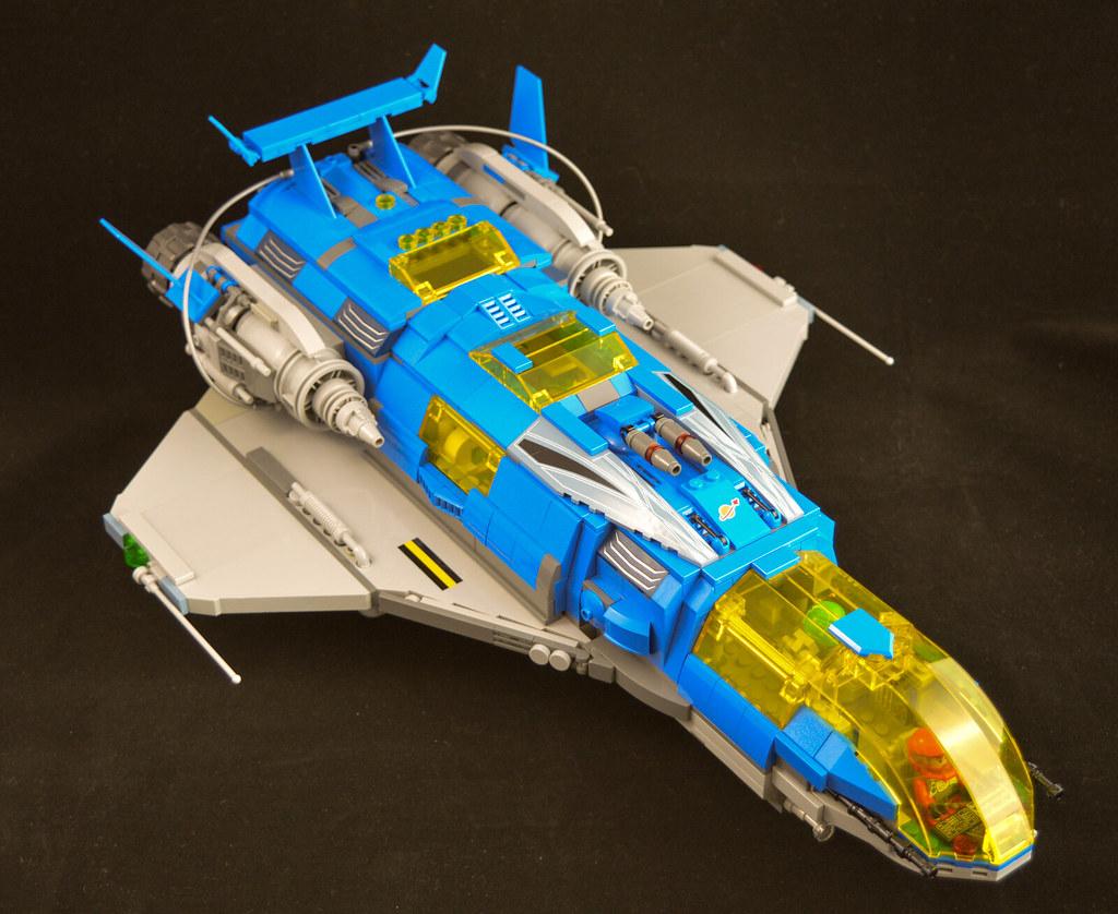 Explorer Cruiser 01