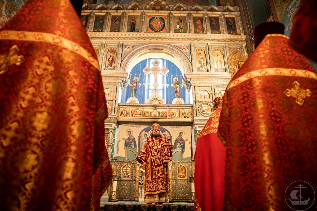 23 Мая 2021 Литургия в Петергофском Петропавловском соборе / 23 May 2021 ,  Divine Liturgy in the Peter and Paul Cathedral in Peterhof
