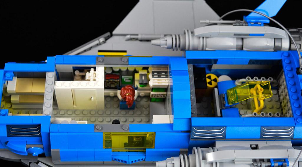 Explorer Cruiser 08 Interior 1