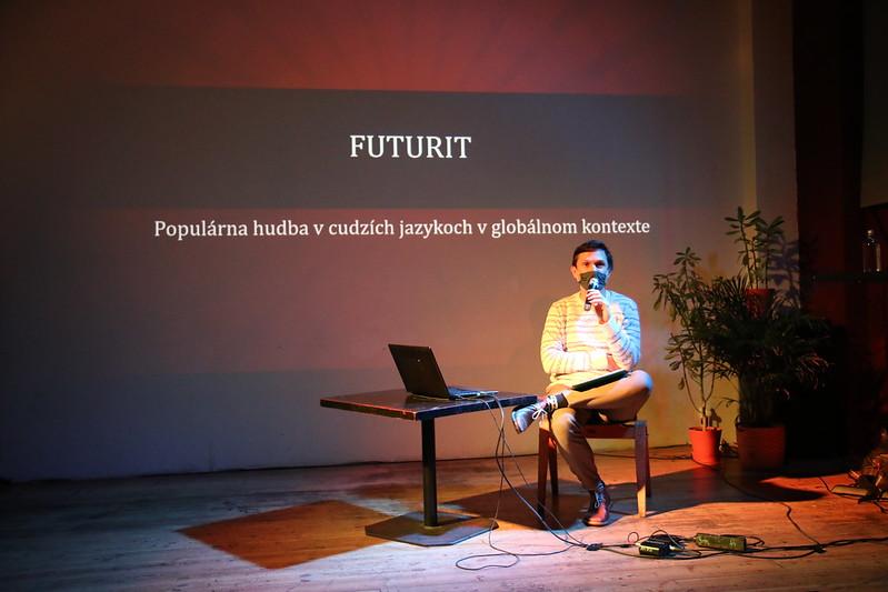 Futurit Cudzojazyčná populárna hudba v globálnej pozornosti (17.12.2020)