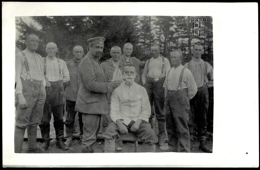ArchivTappen233A903 Körperhygiene, WWI 1914-1918