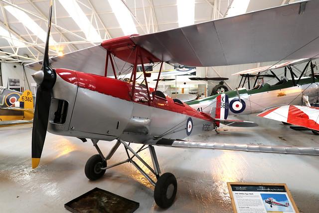 G-ANKT/K2585  -  de Havilland Tiger Moth DH.82A c/n 85087  -  EGTH 22/5/21