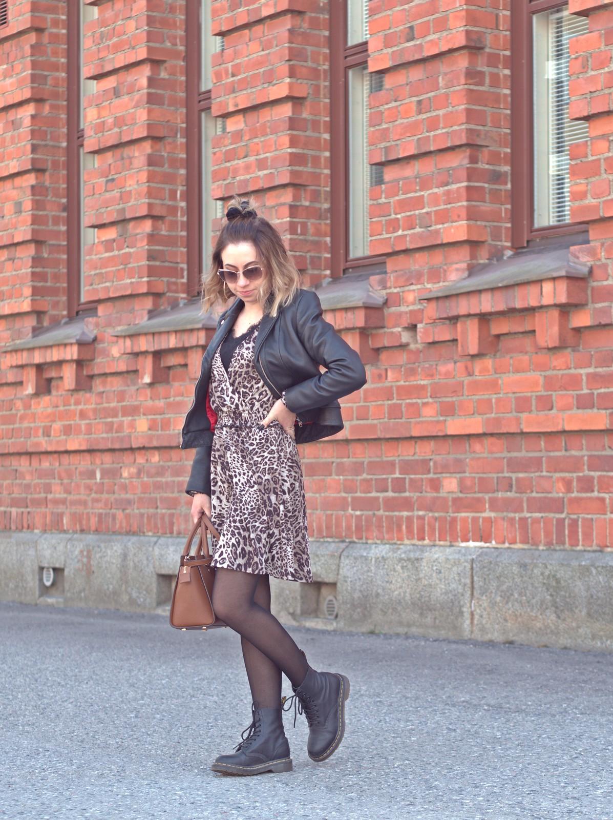 leopardikuosi mekko kevät
