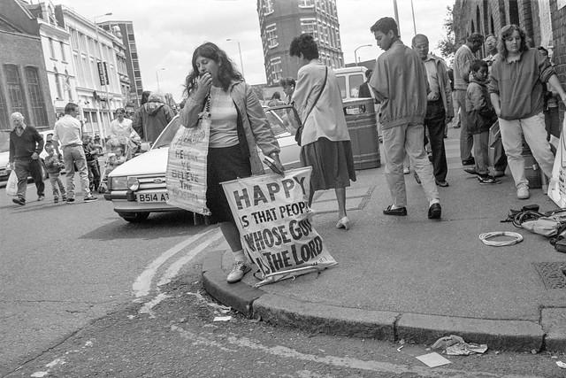 Preacher, Shoreditch High St, Hackney, 1990, 90-64-35