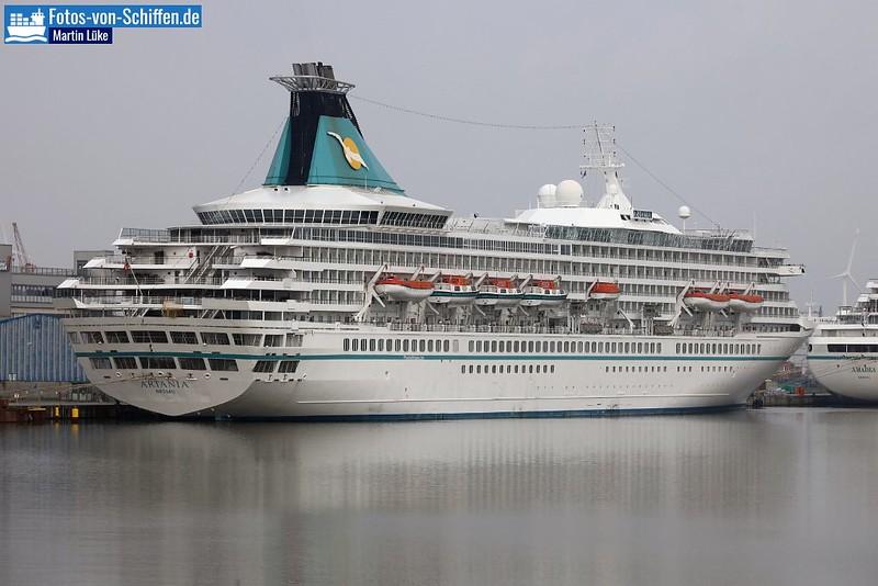 Kreuzfahrtschiffe - Cruise Ship