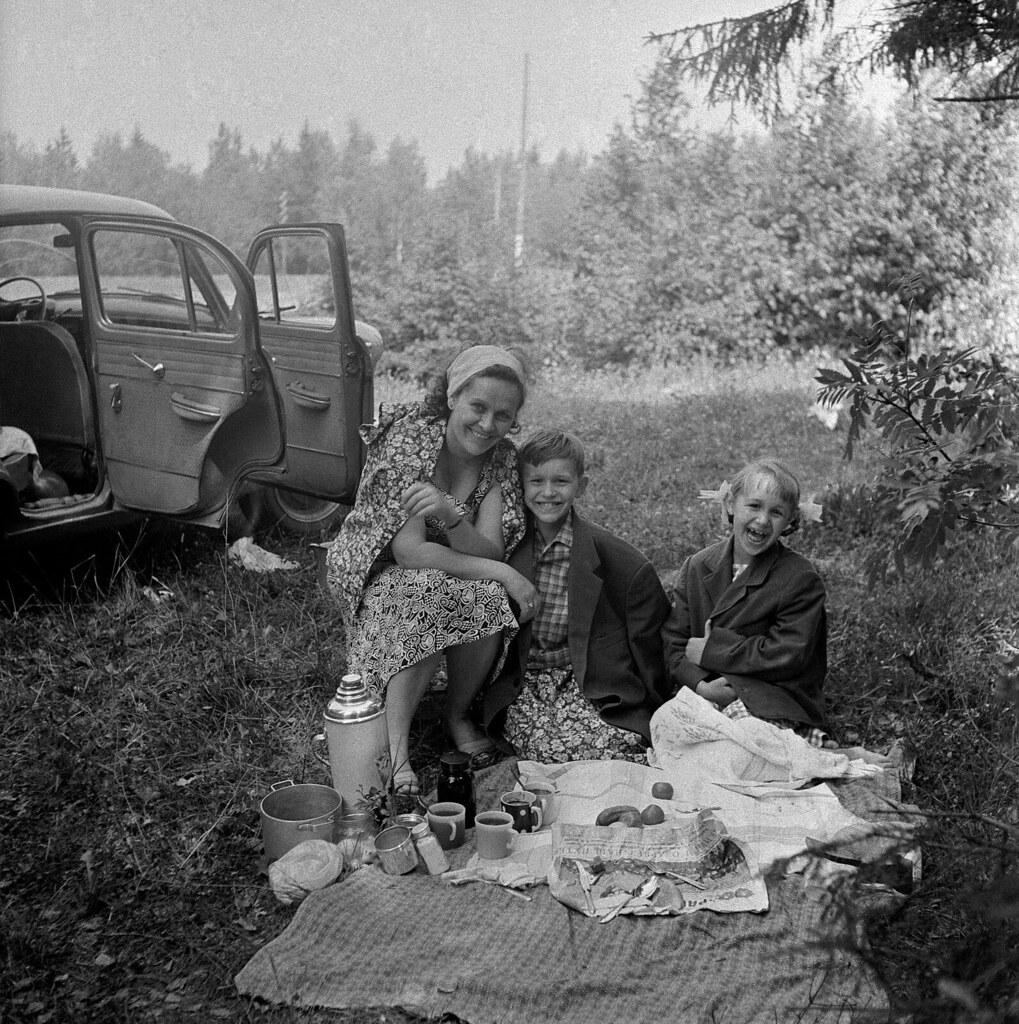 1964. Пикник, Псковская область