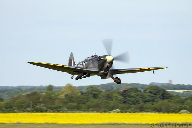 Spitfire TIX G-LFIX ML407