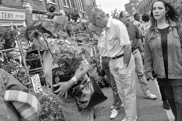 Flower Market, Columbia Road, Shoreditch, Tower Hamlets, 1990, 90-64-13