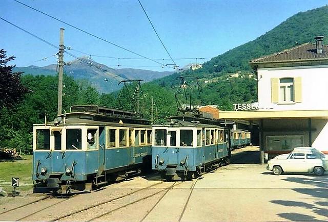 Trains Lugano-Tesserete (Suisse)