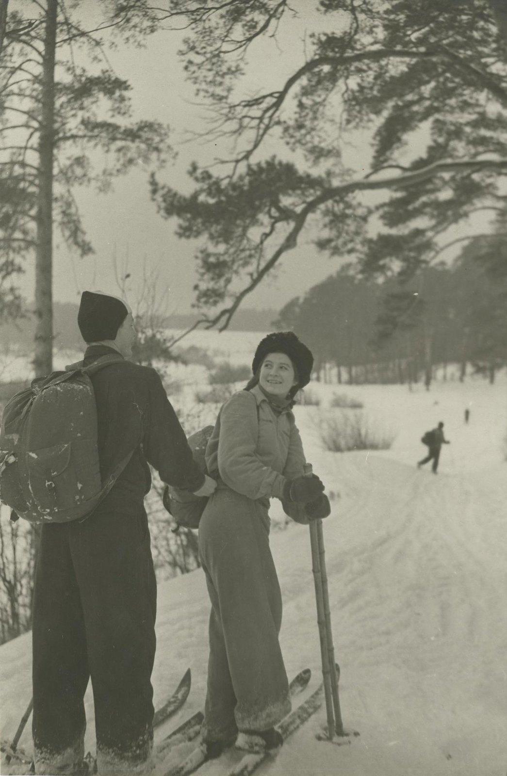 1940. Детский туризм