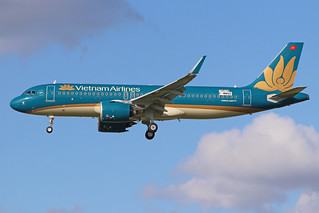 F-WWBQ A320-272neo HVN ff 250521 LFBO (cn10574))