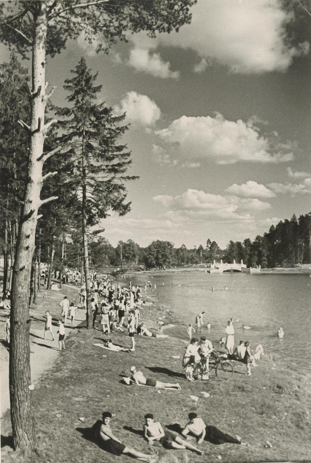 1940. Летний отдых